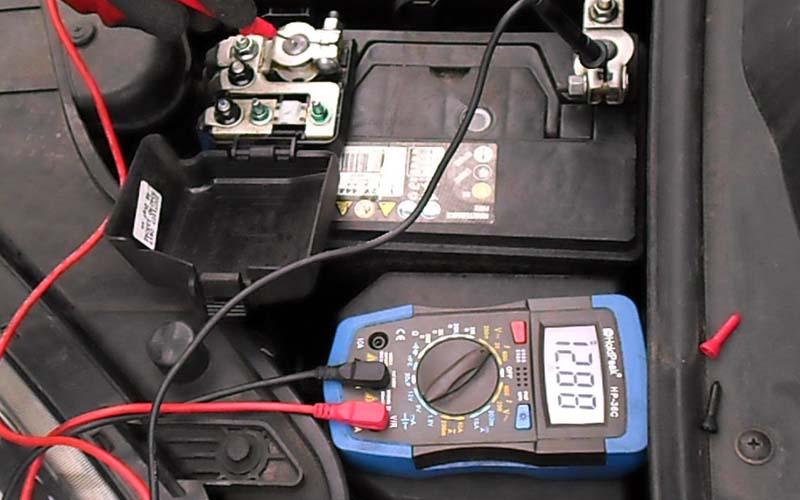 Comparatif chargeurs batterie de voiture conseils et astuces