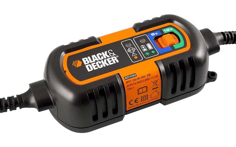 chargeur_batterie_voiture_Black & Decker BDV090_3